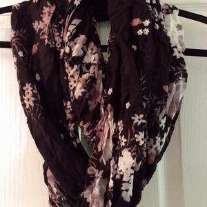 Infinity scarf black floral pattern garage